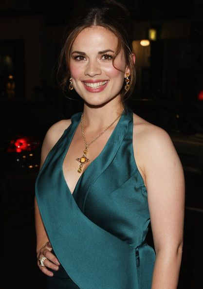 Hayley Atwell Photos Photos - Hayley Atwell arrives for the UK film premiere of Brideshead Revisited at Chelsea Cinema on September 29, 2008 in London, England. - Brideshead Revisited - UK film Premiere