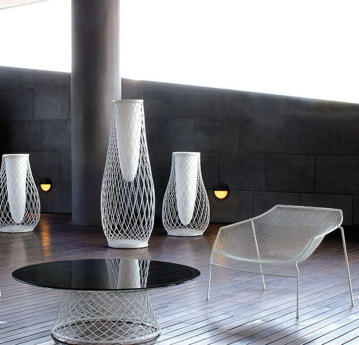 Lounge chair, vases and coffee table