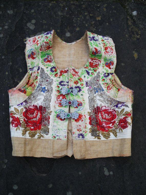 Vintage antique GYPSY silk embroidered floral rose waistcoat hessian vest top coat jacket S