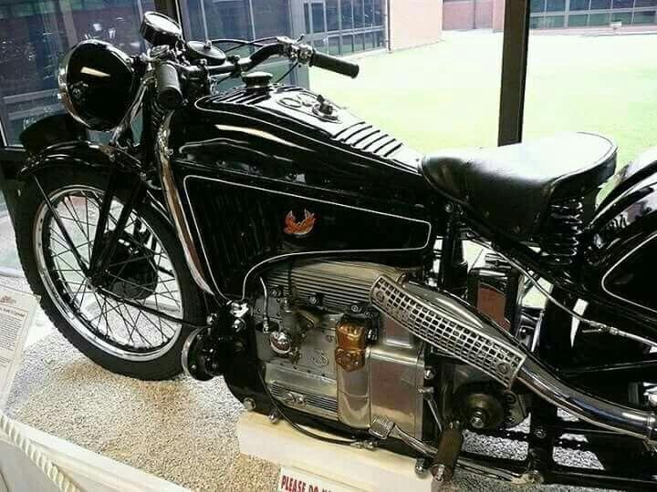 Scott Model 3s 1938 3 Cilindros 2 Tiempos 1000 Cc Refrigerado Por Agua 48 Hp 5 200 Vueltas Caja De 4 Velocidades Es Motos Clasicas Motos Antiguas Motos