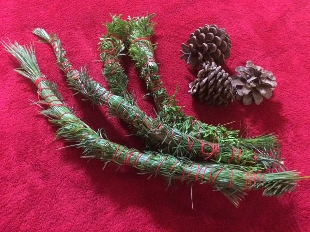 Yule is a great time of year to enjoy the scents of the season. Make these simple smudge sticks with Yule-appropriate plants.