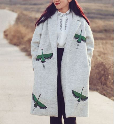 Fine Art Collection Japanese grey wool green crane hand embroid winter coat