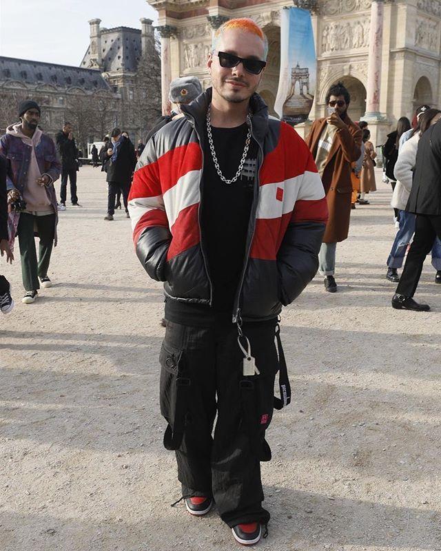 b253f35d891a J BALVIN AT OFF-WHITE SHOW  Colombian  reggaeton artist  Jbalvin attending  the  OffWhite show yesterday in  Paris  France.  jbalvin …