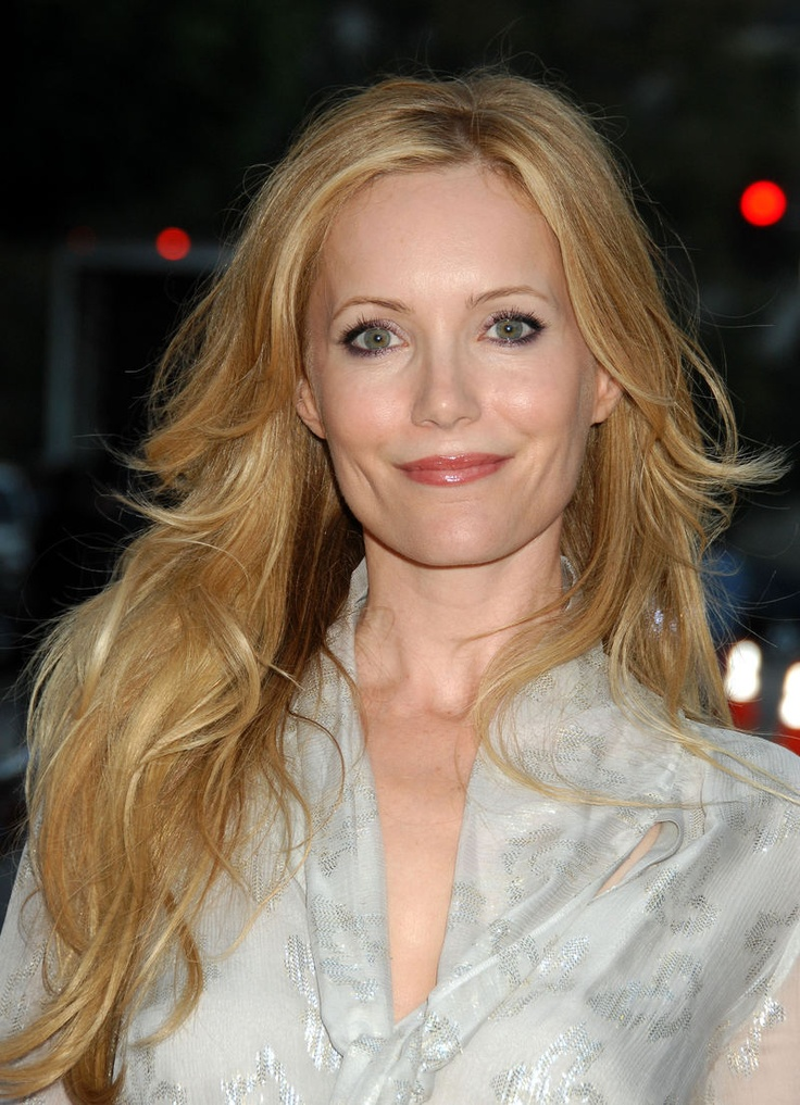 Leslie Mann.. loved her ever since george of the jungle.