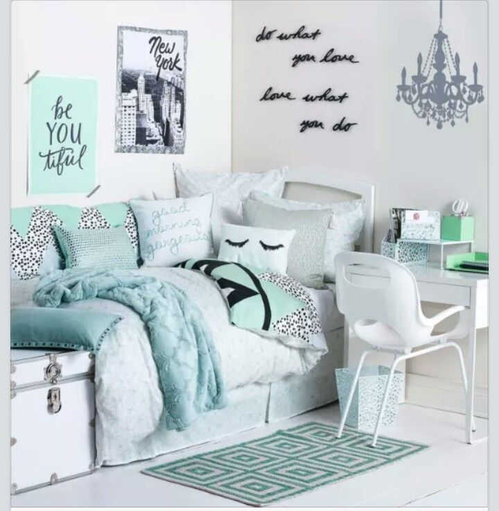 Green themed room