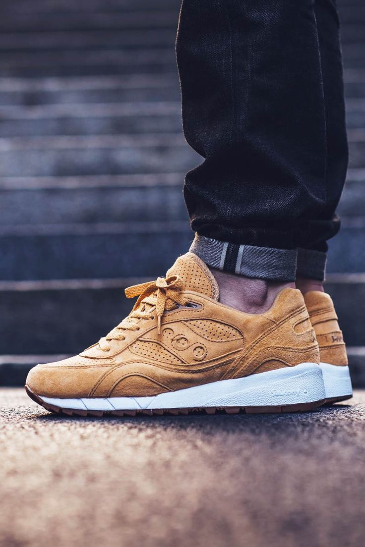 SAUCONY Shadow 6000 in Whiskey