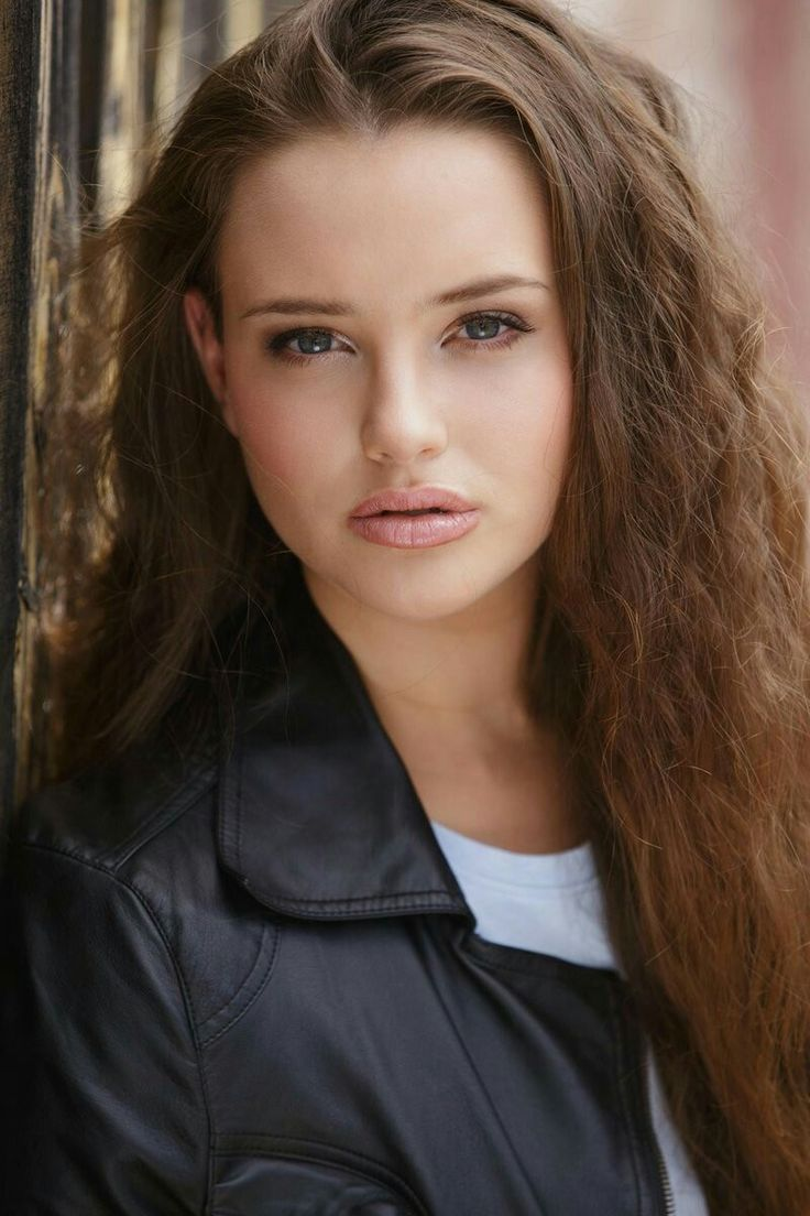 Katherine Langford Nude Photos 67