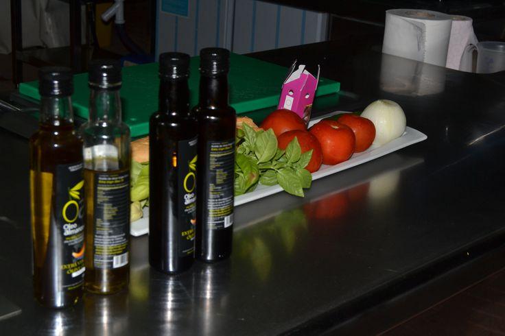 Los mejores productos de la zona del almanzora. Aceite de Oliva Virgen EXTRA AOVE www.oleoalmanzora.com