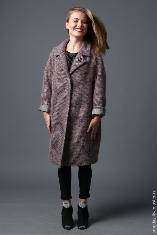 Купить Пальто шерстяное оверсайз Шанелька - серый, однотонный, пошив пальто под заказ