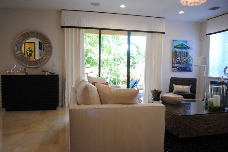 Sliding door window treatments family room contemporary for Contemporary window treatments for bay windows
