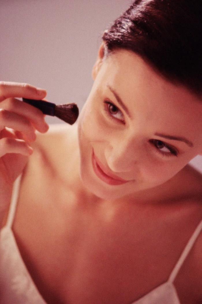 10 Makeup Mistakes That Are Aging You (And How to Fix Them)