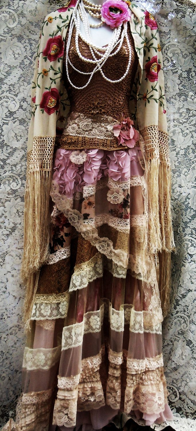 Lace roses dress tea stained crochet tulle por vintageopulence