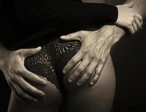 hot hands black ass