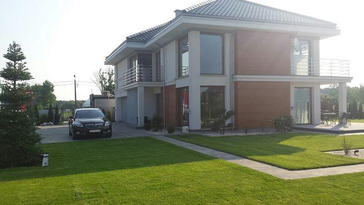 Widok na drugą część domu - Riwiera 3 #riwiera3 #projektdomu #pracowniaarchitektoniczna