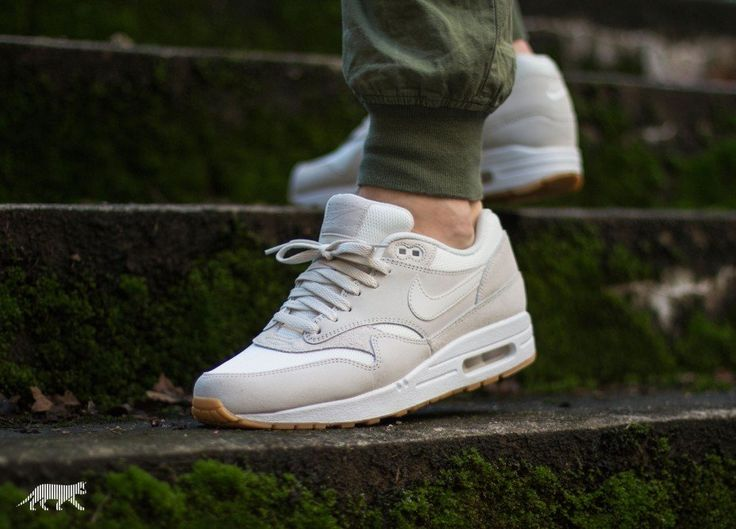 Nike Air Max 1 Essential (Phantom / Phantom - White)
