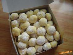 Já zpracovávám v domácí pekárně - program těsto - suroviny vložím do pekárny v uvedeném pořadí. Kvás...