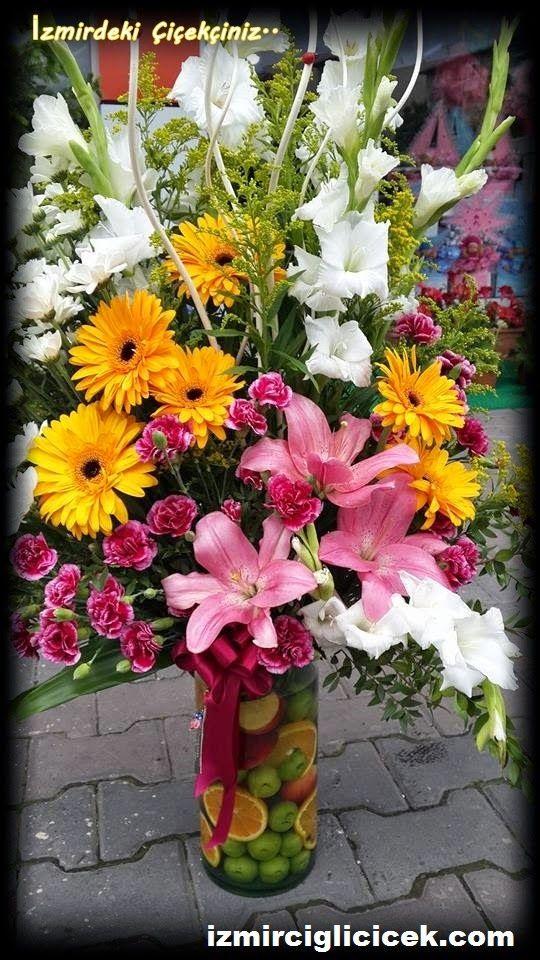 izmir çiğli beytaş çiçekçilik: cam vazoda çiçek sipariş için TIKLAYINIZ. http://www.izmirciglicicek.com
