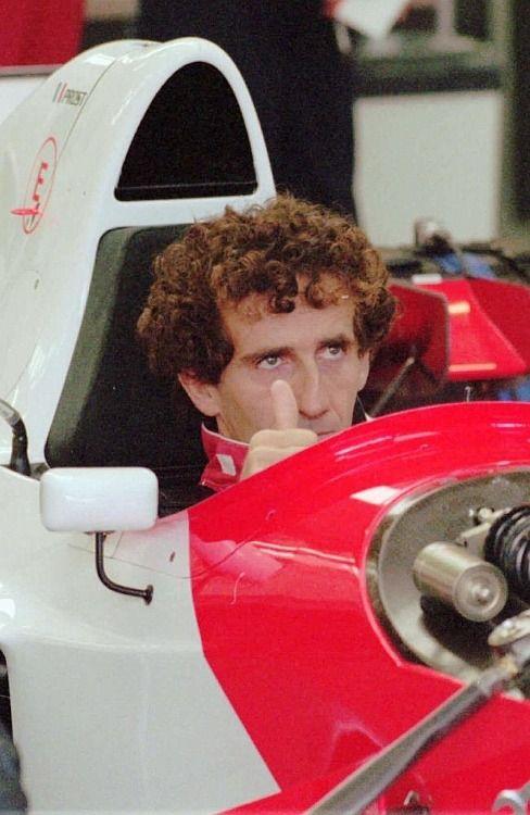 Alain Prost (Marlboro McLaren-Peugeot MP4/9), pre-season tests, Estoril, 1994 F1 World Championship