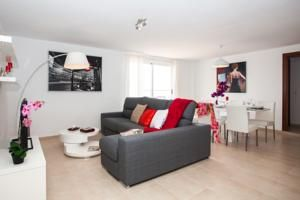 Located 100 metres from a sandy beach in Corralejo, Apartamentos Infinity provides self-catering accommodation with free WiFi access. 3bed apartment on Main Street