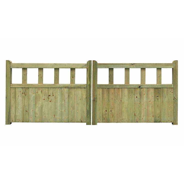 Grange Planed Timber Driveway Gate (H)900mm (W)2700mm | Departments | DIY at B&Q
