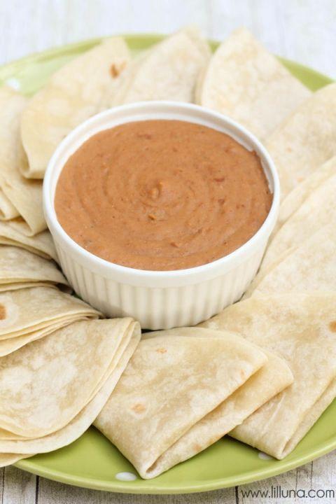 Delicious Creamy Refried Beans - love this recipe! { lilluna.com }