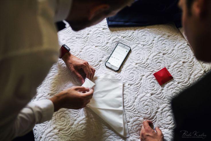Najpiękniejsze zdjęcia ślubne    #kraków #krakow #małopolska #malopolska #dwóch #fotografów #duet #zdjęcia #ślubne #fotograf #ślubny #fotografia #ślubna #makijaż #przygotowania #kogo #do #ślubu  Jak wybrać fotografa ślubnego, fotograf ślubny Kraków kogo polecacie, białe kadry fotografia, białe kadry opinie, najlepsza fotografia, wesele w pałacu, jak składac poszetkę, poszetka  #nowy #sącz #rzeszów #zakopane #nowy #targ #pałac #zamek