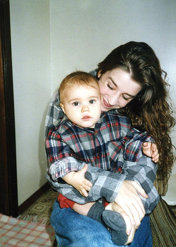 Baby Justin Bieber with his mom Pattie Mallette!