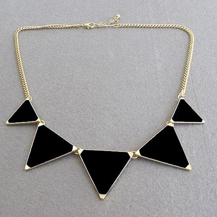 Hot Black geometrical Triangle Necklace ᗛ Fashion choker necklace ᓂ Jewelry for women vintage accessoriesHot Black geometrical Triangle Necklace Fashion choker necklace Jewelry for women vintage accessories