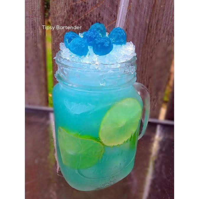 SOUR POWER 2 oz. (60 ml) Raspberry Sour Patch Infused Vodka  1/4 oz. (7.5 ml) Lime Juice  *fill up with Sour Apple RockStar  Garnish : sour patch candy & lime wheels