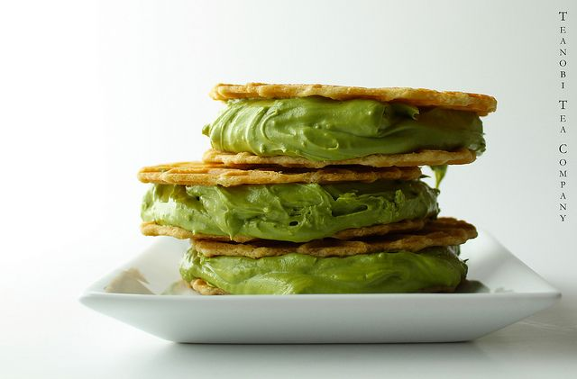 Matcha green tea ice cream sandwich made with Ice Cream/Dessert Matcha from Teanobi.