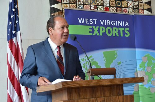 (Posted from rapidprototypechina.com) A few nice sheet metal fabrication services made in china images I found: DSC_0263  Image by Governor Earl Ray Tomblin Governor Tomblin, Department of Commerce  Celebrate West Virginia's Top Exporters  Governor recognizes 37 West Virginia exporters,  announces STEP grant... Read more on http://www.rapidprototypechina.com/dsc_0263/
