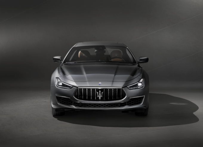 Black #Cosmopolitan Maserati Ghibli GranLusso Revealed, Brings New Style and Tech   #Classification, #ExecutiveCars, #GRANDTOURERS, #LUXURYVEHICLES, #PrivateTransport, #Sedans, #SportsCars, #Transport       When announced, the Maserati Ghibli was heavily praised for its entry-level price point, but luxury and power that was definitely not. After four years of the car's success, Maserati is giving the model range a new variant called the Ghibli GranLusso. This new varian