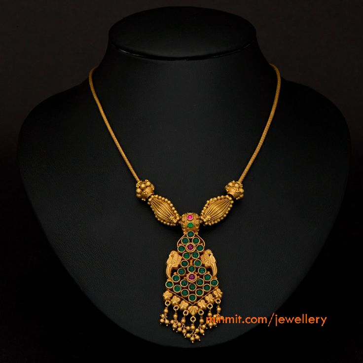 emerald-temple-necklace