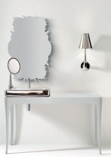 coleccion-jaime-hayon-bisazza-6-terra-ceramica   Lavavo con espejo. Lo puedes comprar en www.terraceramica.es#arquitectura #diseño #jaimehayon #plata  #lavabo #adictosaldiseño