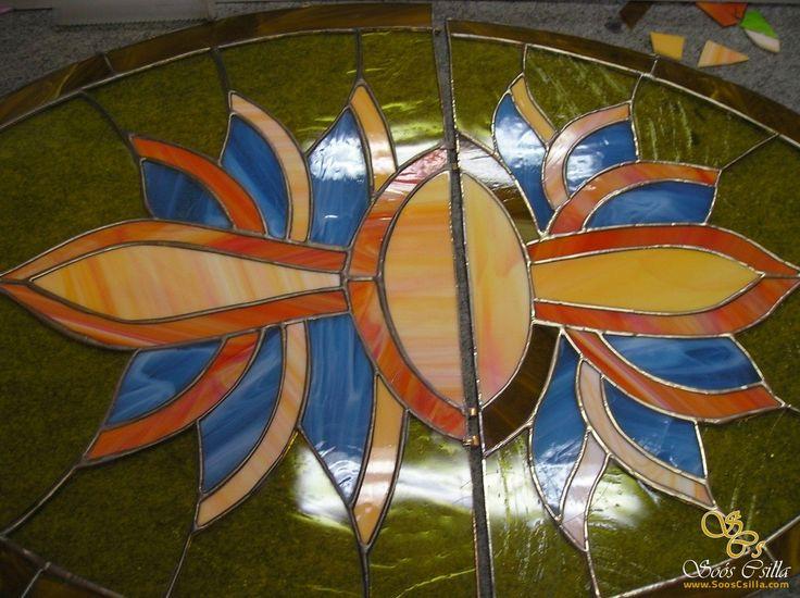 Früher Fenster Kabinette Gläser Einlagen Verzierungen aus Bleiglas  http://at.sooscsilla.com/portfolio/frueher-fenster-kabinette-glaeser-einlagen-verzierungen-aus-bleiglas/ http://at.sooscsilla.com/herstellung-von-bleiglasfenster-und-bleiglastueren-fuer-privat-und-unternehmen/