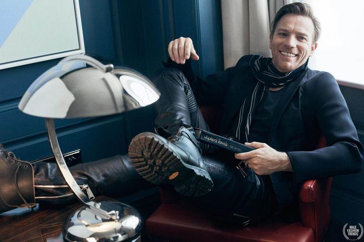 El actor Ewan McGregor protagoniza la edición de Junio de GQ Alemania con la fotografía de Hunter & Gatti y el estilismo de Sascha Lili...