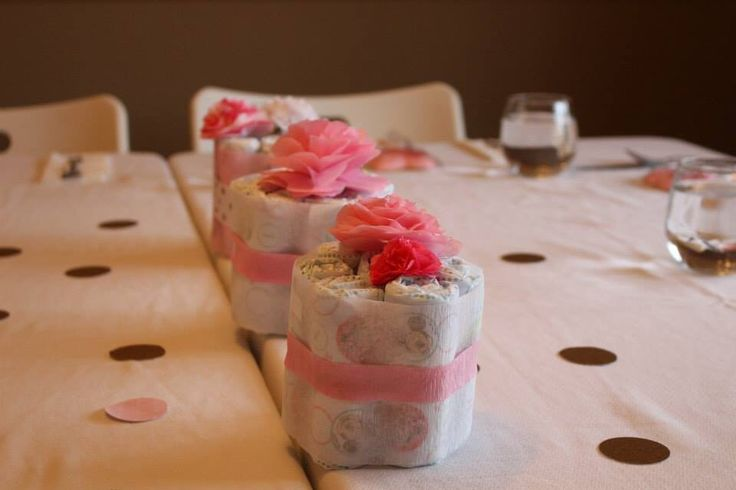 Cute diaper center pieces for a baby shower! https://www.etsy.com/listing/261589615/free-shipping-baby-shower-diaper