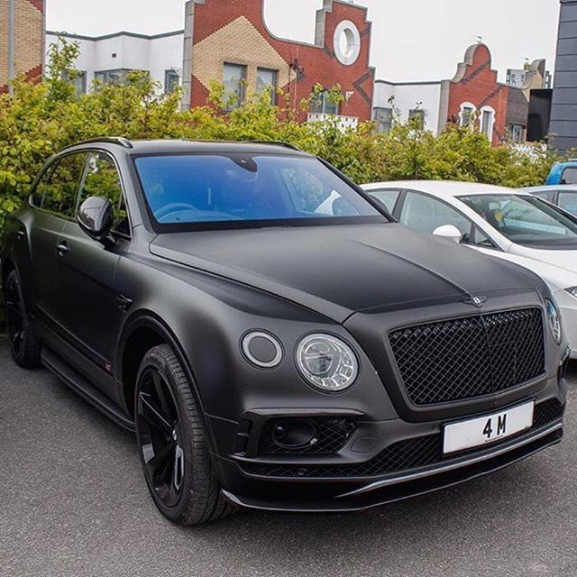 Bentley Bentayga Speed Beats Lamborghini Urus: Best 25+ Bentley Motors Ideas On Pinterest