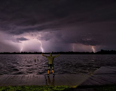 """Check out new work on my @Behance portfolio: """"Stormhunter"""" http://on.be.net/1dm4QlF"""