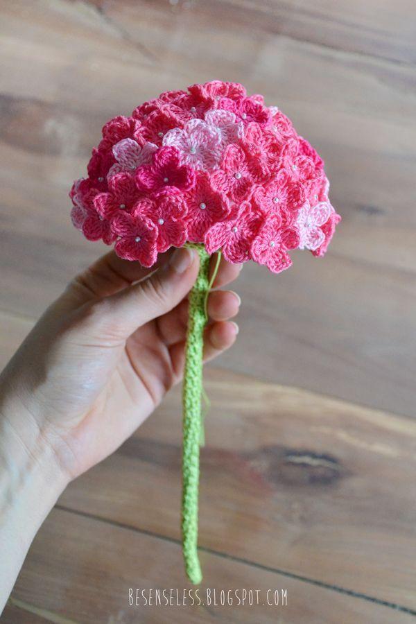 Hortensia crochet flower