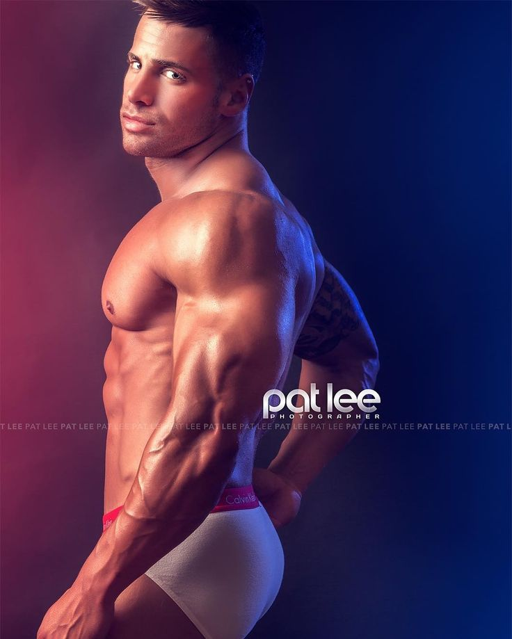 "patlee: ""http://patlee.net ★ ★ Billy Cluver by Pat Lee ⇢ @dreamchasingdaily ⇠ Pat Lee is based in Chicago and available for photography, video and media projects. ★ patlee@patleemedia.com #bodybuilding #fitness #fitfam #gym #fitspiration #shredded..."