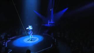 Perfume「GLITTER (Album-mix)」 from LIVE DVD, via YouTube.
