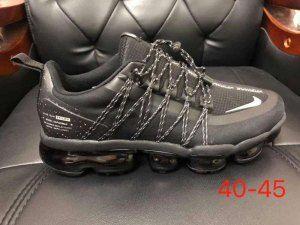 e2711dd9abe86 Mens Sneakers Nike Air VaporMax Run Utility Triple Black NIKE ...