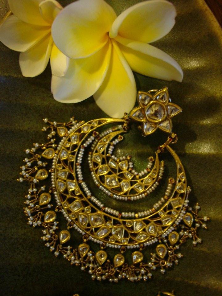 #polki #earrings #diamonds #kundan #pearls