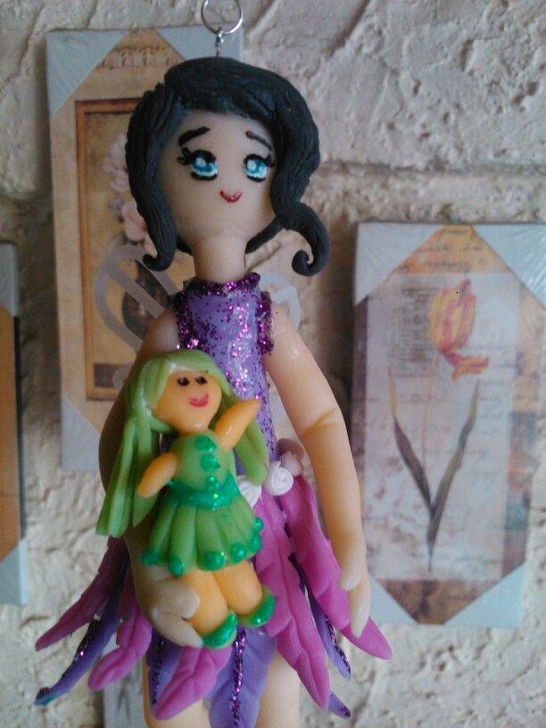 Hadita y su muñeca para Alicia