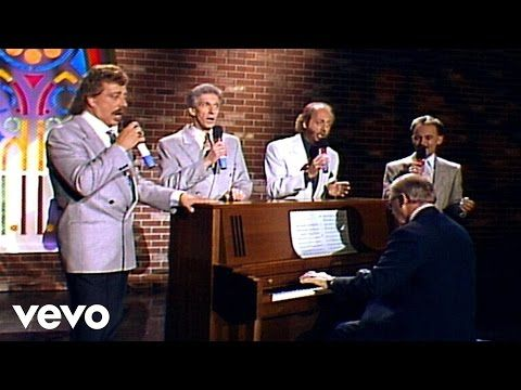 1966.  Bill & Gloria Gaither - This Ole House [Live] ft. The Statler Brothers - YouTube