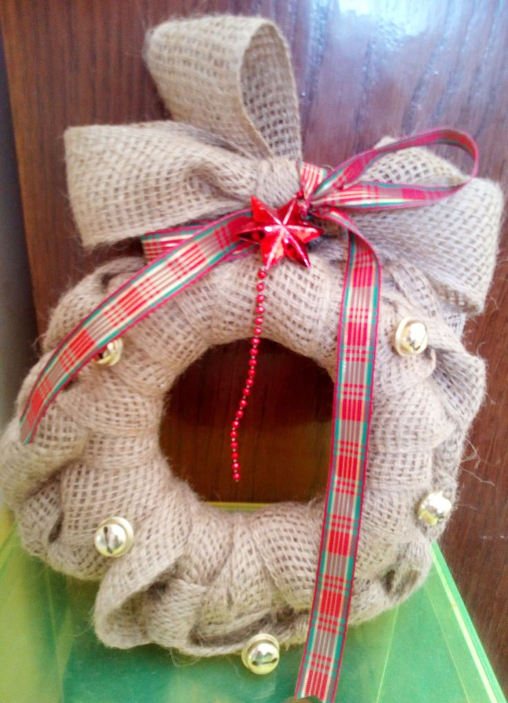 minimal burlap wreath with golden bells by mademeathens