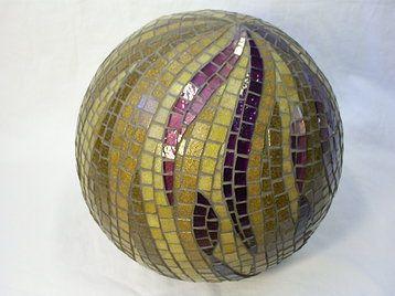 bola en mosaicos                                                       …