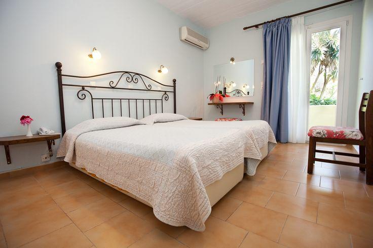 Main bedroom of Spiti Prifti two bedroom apartment