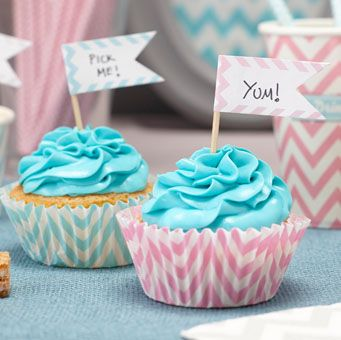 Write your own messages on these striking chevron cupcake toppers! 15 in a pack in 3 pink, silver and mint green!